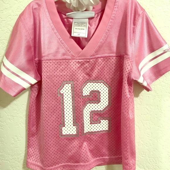 ab85e558a Pink Dallas Cowboys Jersey. M 5b10bbb48ad2f9cf8a0e1f8e